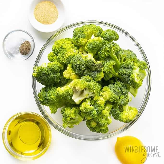 Ingredients for easy grilled broccoli in bowls
