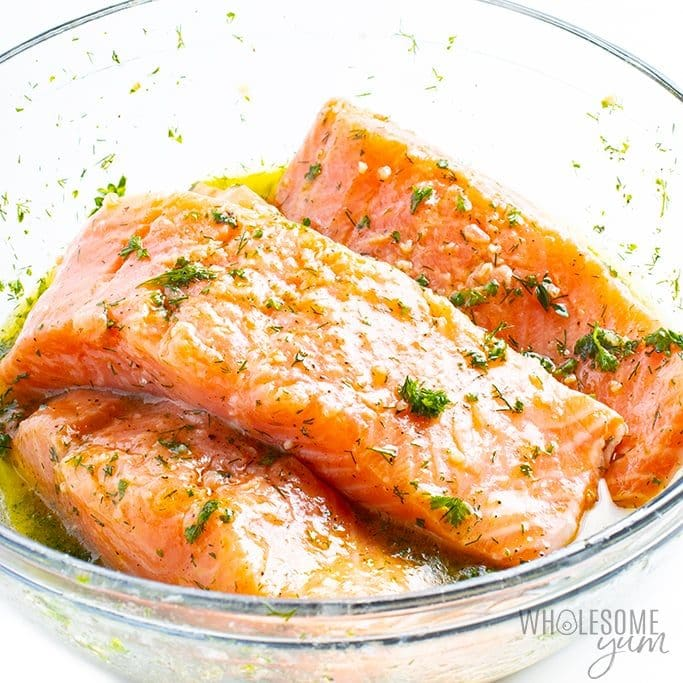 Marinating salmon for grilling