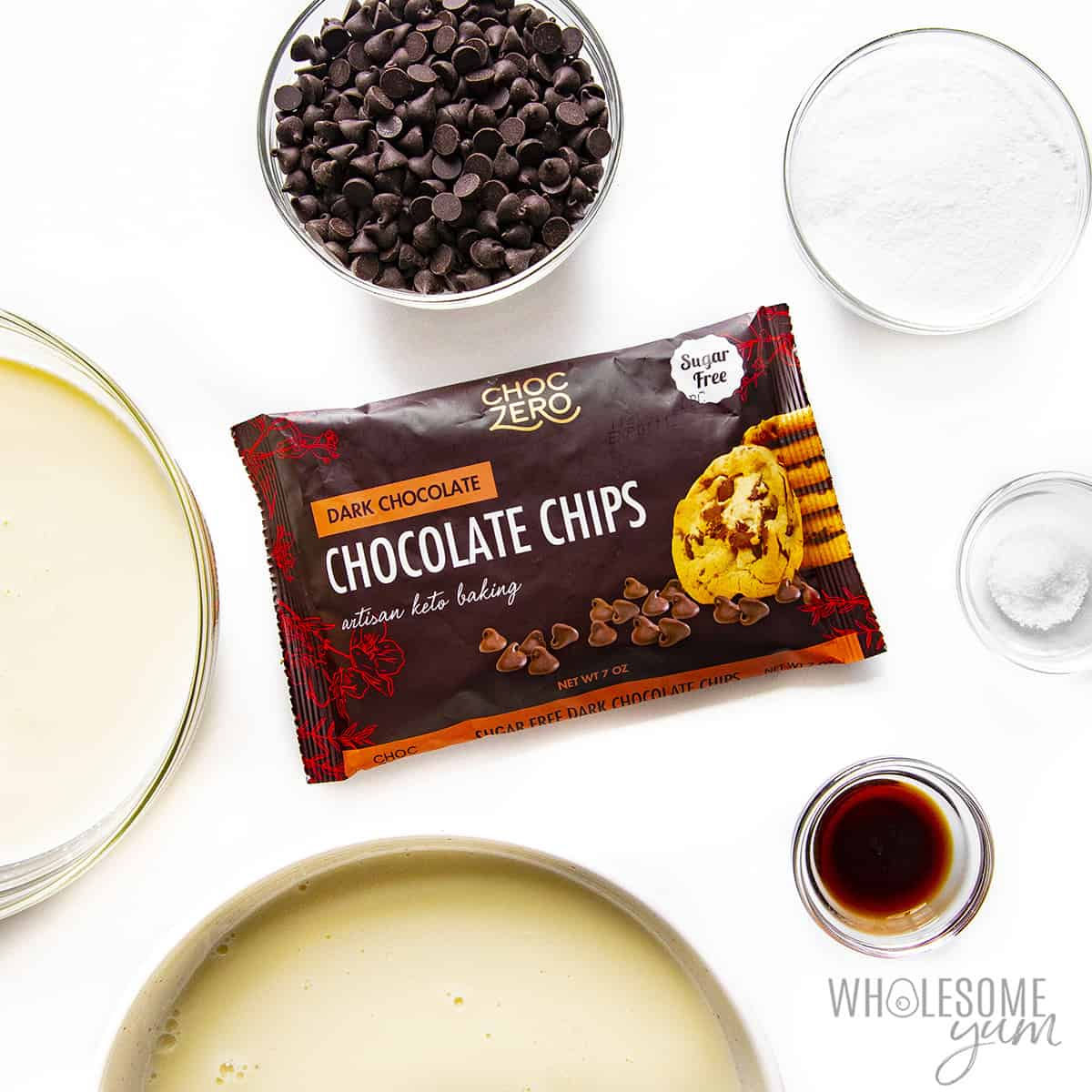 Ingredients for sugar free fudgesicles in bowls