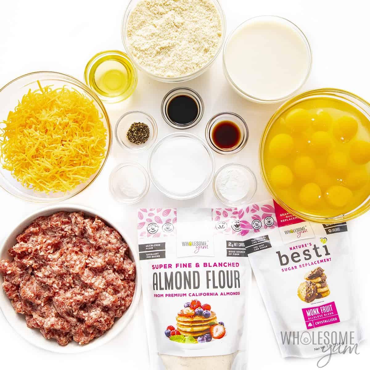 Ingredients to make keto breakfast sandwich