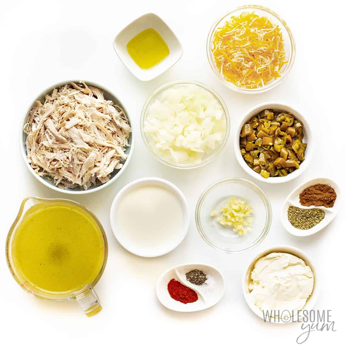Ingredients to make low carb white chicken chili